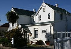 Knysna Manor House Guesthouse - Knysna Manor House is a AA Highly Recommended Knysna guesthouse offering Bed and Breakfast accommodation on the Garden Route. This unique Bed and Breakfast combines the charm of times gone by with . Knysna, Weekend Getaways, Bed And Breakfast, Mansions, House Styles, Outdoor Decor, Modern, Star, Unique