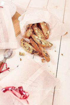 Blogpost auf Mama wann gibts essen???  Cantuccini mit Schokolade und Mandeln