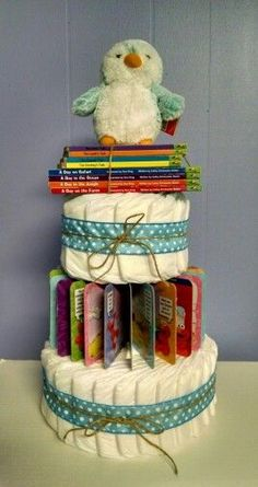 Baby Shower Diaper Cake with Story Books. Cadeau Baby Shower, Diaper Shower, Baby Shower Crafts, Baby Shower Decorations For Boys, Baby Shower Diapers, Baby Crafts, Baby Shower Themes, Shower Gifts, Baby Boy Shower