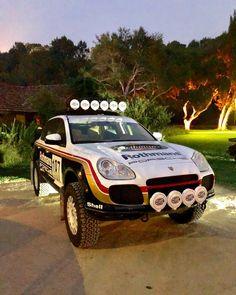 Vw Toureg, Truck Flatbeds, Range Rover Supercharged, Martini Racing, Mens Toys, Porsche 944, Rear Wheel Drive, Rally Car, Hot Cars