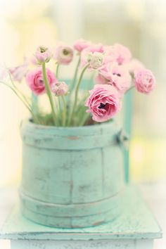 Pink ranunculus in a shabby chic bucket Romantic Flowers, Vintage Flowers, Beautiful Flowers, Sheep And Wool Festival, Bouquet Champetre, Decoupage, Beautiful Home Gardens, Whatsapp Wallpaper, Hello Spring