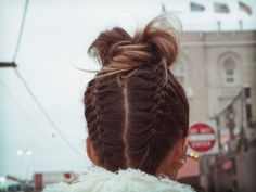 rumi neely's sass and bide inspired hairstyle.