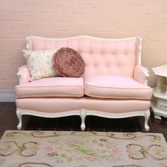 Pink Linen Tufted Vintage Style Sofa