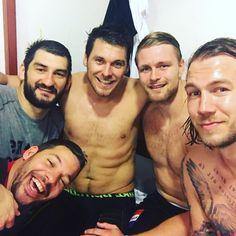 "Andreas (@nilssonandreas1) auf Instagram: ""Always Nice to win :) Champions hungarian leauge :) 😇🍾🍾🎉🎉🎉🔫🔫 #hanball #veszprem #champions #win…"" Champion, Nice, Instagram Posts, Handball, Nice France"