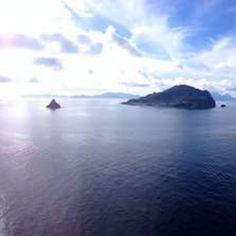 ''La mia isola è un cuore che batte circondato dal mare!  ! Visitate il nostro sito www.bed-breakfast-panarea.it