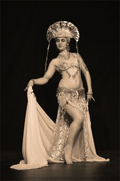 Metropolis costume
