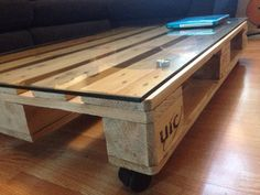 The Single pallet coffee table by UpcycleDesigner on Etsy