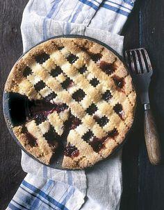 « American pies » : 20 recettes de tartes inspirantes > http://www.elle.fr/Elle-a-Table/Les-dossiers-de-la-redaction/Dossier-de-la-redac/American-pies-20-recettes-de-tartes-inspirantes