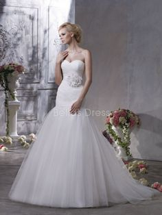 Unique Tulle Fit N Flare Sweetheart Chapel Train Winter Wedding Dresses