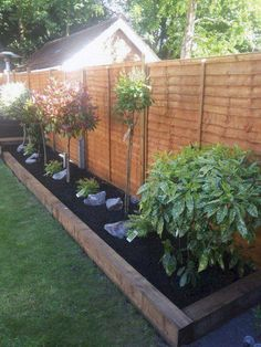 Backyard Patio Designs, Small Backyard Landscaping, Backyard Projects, Landscaping Ideas, Backyard Ideas, Big Backyard, Back Garden Design, Fence Design, Minimalist Garden