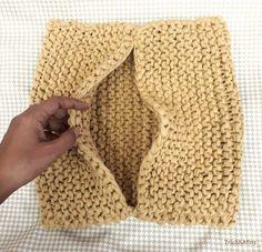 Crochet Cushion Pattern, Crochet Cushions, Easy Knitting Patterns, Knitting Designs, Dyi Pillows, Chunky Crochet, Knitted Blankets, Crochet Projects, Crafts