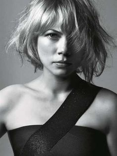 Michelle Williams and her cute longer haircut.