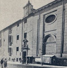1895. Calle de Atocha. Hospital de Antón Martín. | Flickr: Intercambio de fotos
