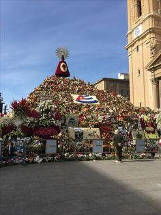 Zaz - El Pilar's Flower offering