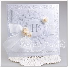 Scrap Pasja: Kurs na kartki - zaproszenia komunijne First Communion Cards, Paper Crafts, Diy Crafts, Shaped Cards, Card Tags, Cute Cards, Holidays And Events, Christening, Cardmaking