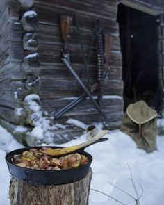Good, hearty meal in the woods during the rabbit hunt. It was great to get outside, it's been a while since my last good outdoor adventure! #finland #winter #hiking #camping #trekking #bushcraft #wanderlust #outdoors #wildernessculture #nature #nordic #forest #woodsman #nature_seekers #ig_finland #igscandinavia #liveauthentic #canon #canonphotography #hunting #cooking