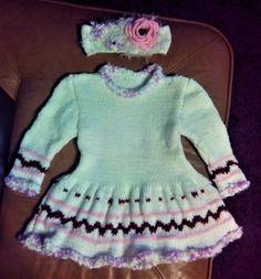 Dětské pletené šaty Dresses With Sleeves, Long Sleeve, Sweaters, Fashion, Moda, Gowns With Sleeves, Fashion Styles, Fasion, Sweater