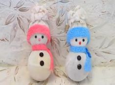 Great Christmas home decor projects try these ideas and enjoy. Great Christmas home decor projects try these ideas and enjoy. Felt Christmas Decorations, Christmas Mantels, Diy Christmas Ornaments, Christmas Fun, Snowman Crafts, Christmas Projects, Holiday Crafts, Ornament Tutorial, Crafts For Kids