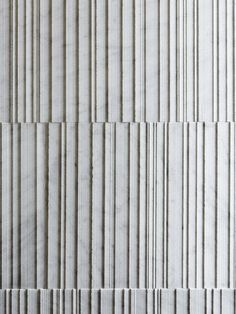 Designed by Piero Lissoni, Raw represents the ruggedness of hewn wood, translated in stone to create a nuanced play of light and shadow. Concrete Facade, Precast Concrete, Concrete Walls, Stone Facade, Wall Patterns, Textures Patterns, Decoration Photo, Material Board, Wall Cladding