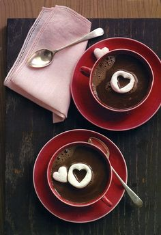 Chocolate with Marshmallow Hearts Hot Chocolate with Marshmallow Hearts by marthastewart: So sweet and easy!Hot Chocolate with Marshmallow Hearts by marthastewart: So sweet and easy! Homemade Hot Chocolate, Hot Chocolate Bars, Chocolate Hearts, Chocolate Desserts, Chocolate Coffee, Valentine Chocolate, Chocolate Strawberries, Chocolate Chocolate, Coffee Time