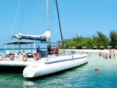 Seafari Cayo Blanco Catamaran Cruise