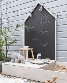 Genius Small Backyard Play Area Ideas For Kids Kids Outdoor Play, Outdoor Play Areas, Backyard For Kids, Desert Backyard, Kids Play Area Indoor, Play Area Outside, Kids Outdoor Spaces, Backyard Ideas For Small Yards, Outdoor Rugs