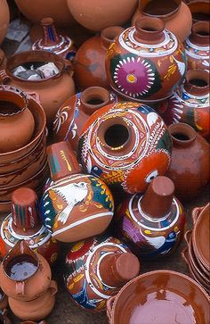 pile of ceramic pots at the market in Tarecuato Michoacan. pile of ceramic pots at the market in Tarecuato Michoacan. Mexican Folk Art, Mexican Style, Mexican Ceramics, Mexican Heritage, Mexico Culture, Mexico Art, Ceramic Pots, Ceramic Pottery, Mexican Party
