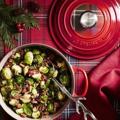 Le Creuset Signature Cast-Iron Tartan Round Dutch Oven