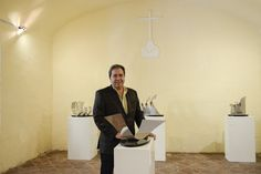 """Presentación de """"Refracciones"""" por Pepo Toledo en Antigua Guatemala."""
