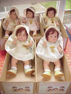 "Gorgeous 7"" Madame Alexander Dionne Quints Toddler Legs Mint"