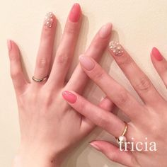 Spring pink nail. Stone is refreshing to at Ramebesu a sense of sheer. The new color of the three image ♡ (...