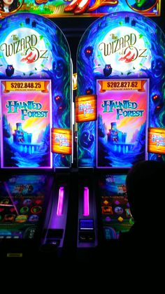 The great and powerful oz slot machine online nissan gambles on $3000 model