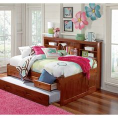 Full Sized Daybed - 3 Drawers and Twin Trundle