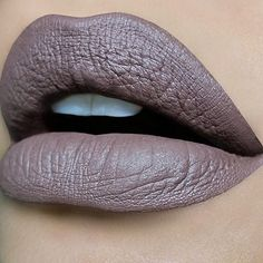 My go to greige -y- color by @anastasiabeverlyhills liquid lipstick in Sepia #norvina
