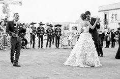 Best wedding songs first dance spanish 66 ideas Best Wedding Songs, Wedding Music, Dream Wedding, Wedding Playlist, Church Wedding, Wedding Goals, Wedding Dreams, Wedding Reception, Mariachi Wedding