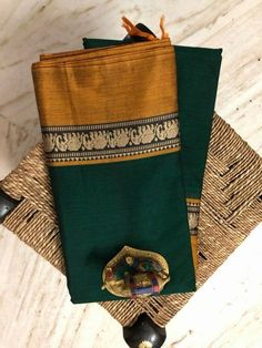 Pure Narayanpet Handloom mersirised cotton sarees with running blouse Order what's app 7995736811 Kanjipuram Saree, Banarsi Saree, Silk Saree Kanchipuram, Saree Dress, Sari Blouse, Ikkat Saree, Cotton Sarees Handloom, Soft Silk Sarees, Shibori Sarees