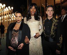Pin for Later: Die Stars hatten sich richtig in Schale geworfen für die LACMA Gala Kim Kardashian, Naomi Campbell und Jeremy Scott