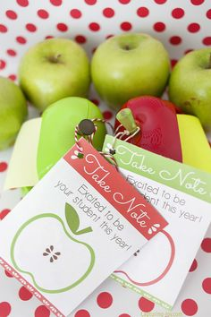 Apple Post It note teacher gift: back to school printable