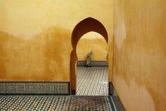 Morocco. Meknes. Moulay Ismael Mausoleum (Muslim shrine). 1985. (© #BrunoBarbey/ #MagnumPhotos)