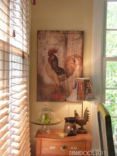Burlap lampshade-Love the rooster sign too