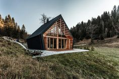 Located at the edge of a forest clearing, The Wooden House beautifully blends into the natural landscape. The distinctive shape takes inspiration from the traditional mountain cabin, yet its exaggerated angles and oblique sides also give the structure a distinctive and modern appearance. To make the most of the limited space, Studio Pikaplus created a …