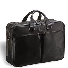 """Вместительная деловая сумка BRIALDI Benton (Бентон) black     Мобильный офис, что это? Документы, ноутбук, мобильный телефон, зарядные устройства к ним, приятные мелочи, что носим с собой. А если много бумаг? А если ноутбук 15"""" ? Здесь потребуется вместительный кожаный аксессуар имя которому Benton. Отельное отделение для ноутбука, просторное и вместительное основное отделение, широкие внешние карманы. Возможность крепления к ручке багажной сумки. Идеальный вариант для непродолжительных…"""