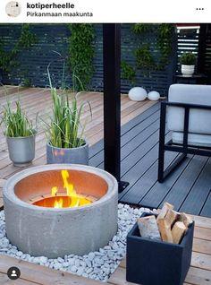 Precious Tips for Outdoor Gardens - Modern Backyard Patio Designs, Backyard Landscaping, Back Gardens, Outdoor Gardens, Gazebos, Dream Garden, Garden Planning, Garden Projects, Garden Inspiration