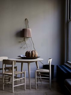 Fredericia — J39 chair by Borge Mogensen