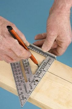 This nifty measuring miracle will guide you through all sorts of DIY carpentry projects. Learn the basics on how to use a speed square here! Carpentry Tools, Woodworking Projects Diy, Diy Wood Projects, Welding Projects, Woodworking Furniture, Carpentry Basics, Handyman Projects, Wood Crafts, Woodworking Guide