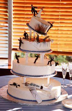 James Bond cake ✈