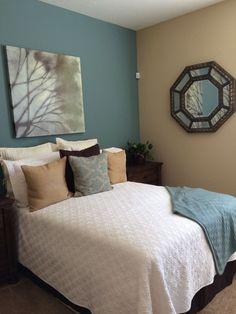 Tan Wall Bedroom Ideas with Green Bedding - Bedroom : Home Decorating Ideas Tan Bedroom Walls, Bedroom Comforter Sets, Tan Walls, Blue Bedroom Decor, Bedroom Turquoise, Bedroom Colors, Tan Rooms, Bedroom Ideas, Master Bedroom