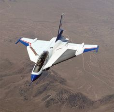 F16XL