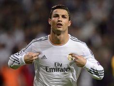 Video: Cristiano Ronaldo sai jään murrettua Cristiano Ronaldosai jään murrettua oltuaan aikalailla epätasapainoinen maalinteon suhteen La Ligassa. Edellisen kerran mies onnistui 12.09. joll... http://puoliaika.com/video-cristiano-ronaldo-sai-jaan-murrettua/ ( #cristianoronaldo #maali #Maalit #maalivideo #Pikaset #RealMadrid #Video #Videot)