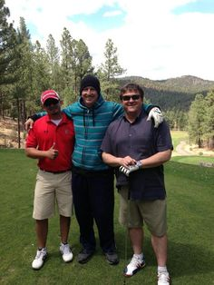 """""""Had a great time golfing with @Mudflap5 and Michael Murphy at the Inn of the Mountain gods."""" (Photo via Twitter courtesy @KadenMix100)"""